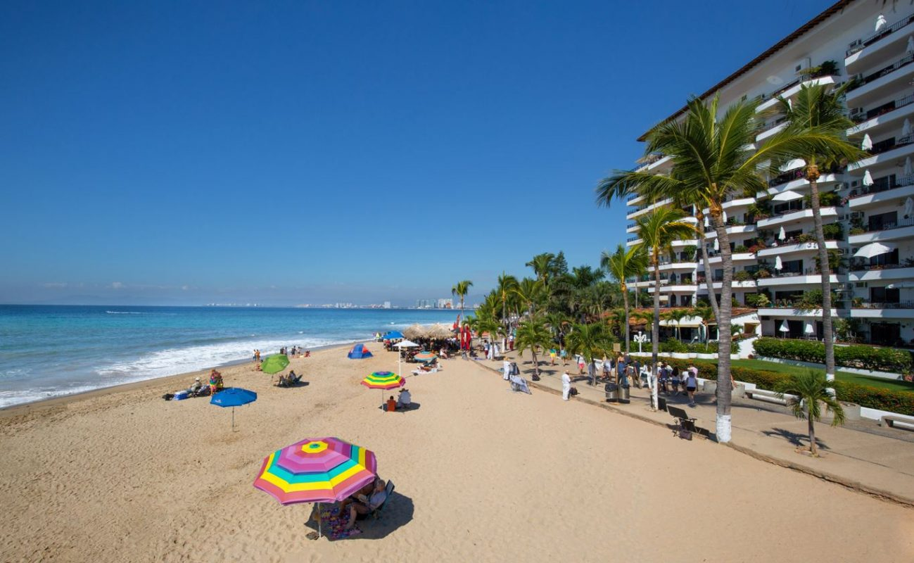 Puerto Vallarta Sets New Arrivals Record As Americans Flock To The Resort City
