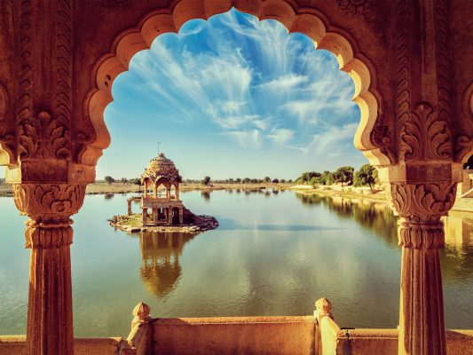 Foreign tourists to be allowed to visit India soon